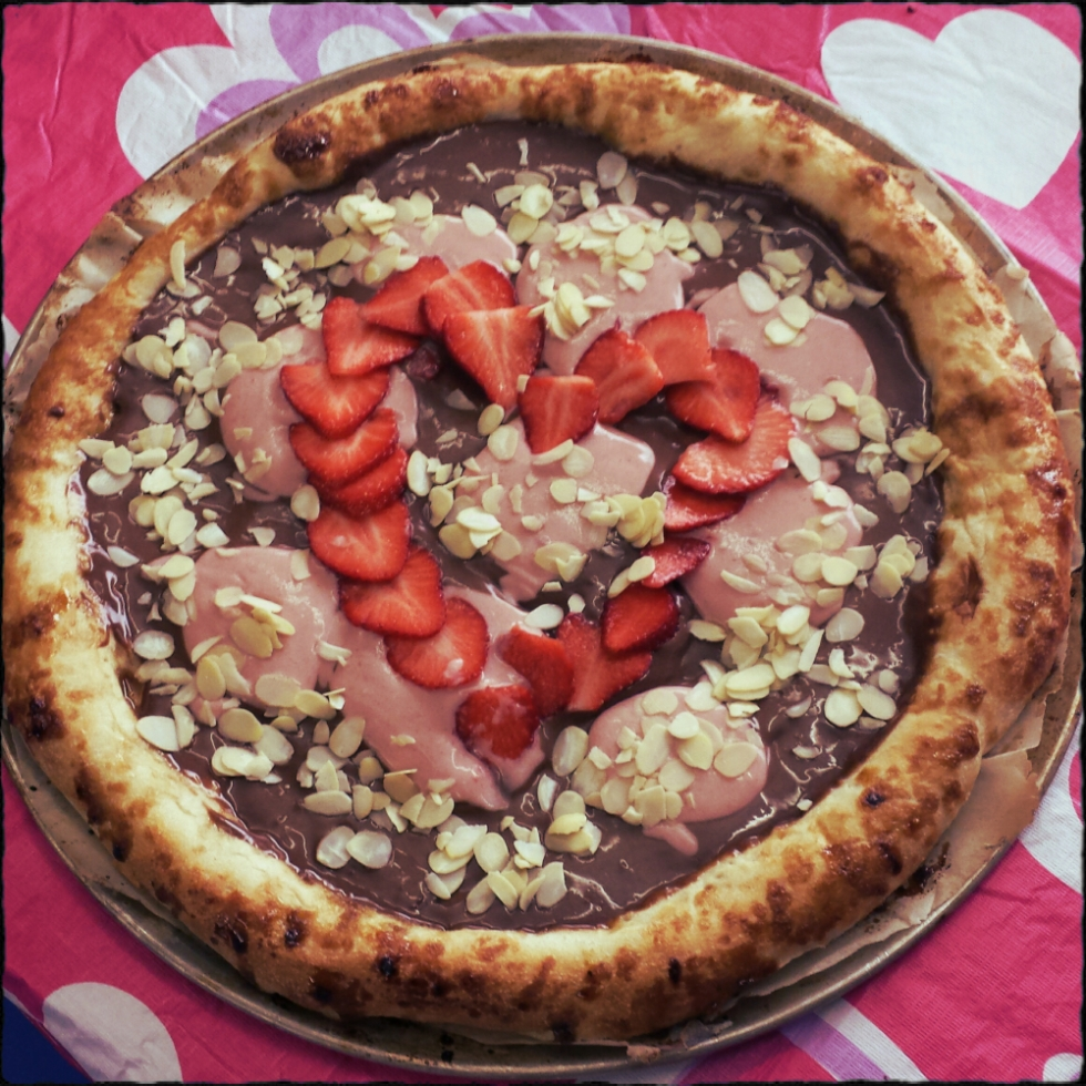 chocolate-pizza-dessert1